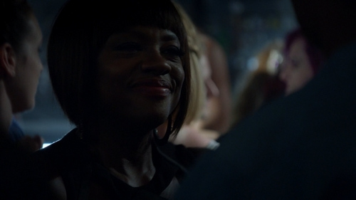 "Who doesn't go with Annalise at the end of ""It's Time To 移动 On"" (2x01)?"