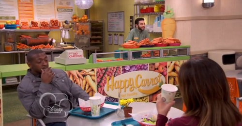 """(01x04) Who did start working at """"Happy Carrot""""?"""