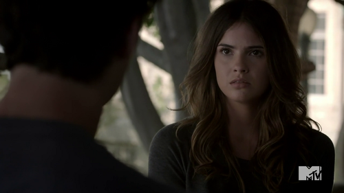 What was the first things Malia did when she saw Stiles in Eichen House?