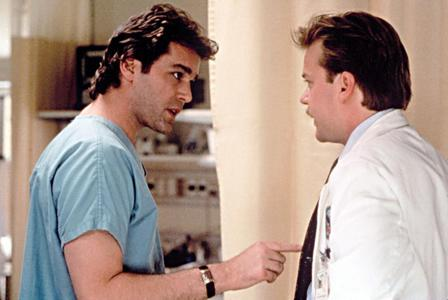 DOCTOR IN MOVIES : Ray Liotta as ?