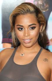 Lauren london is half African-American and half what?