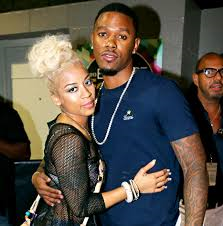 Where did Keyshia Cole and Daniel Gibson renew their vows?
