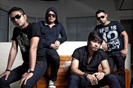 What Indonesian band is this?