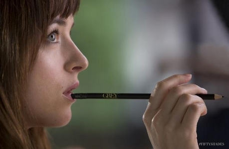Fifty Shade Darker: Which event did not happen to Ana at her publishing company job?