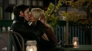 what episode of Once upon a time did colin/hook first PROPERLY 키스 emma