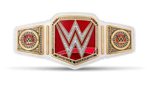 Who is the 2016's Current WWE Women's Champion?