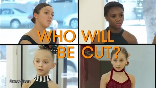Who is cut from the team? Daviana, Camryn, Lilliana, au Elliana?