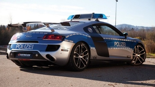 This Audi ABT R8 GTR has been issued to traffic police in Germany.