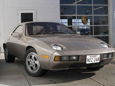 In which one of the following films was this Porsche 928 featured extensively?