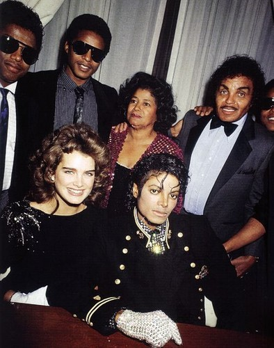 This was photograph of Michael, his family and date, Brooke Shields, was taken back in 1984