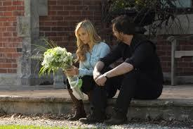 True یا False: Elena helped Jeremy spread Pete's ashes.