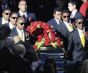 What venue was Michael Jackson's public memorial service held back in 2009