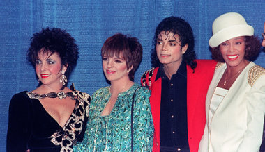 This photograph was taken at a cena held in Michael Jackson's back 1988