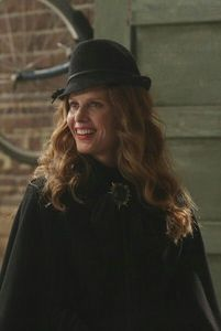 What does Zelena call her flying pet ?