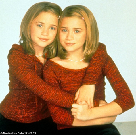 What was one of Ashley's yêu thích phim chiếu rạp growing up?