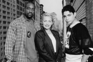 New York Undercover made its télévision debut in 1994