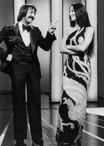 The Sonny And Cher Comedy hora made its network televisión debut in 1971