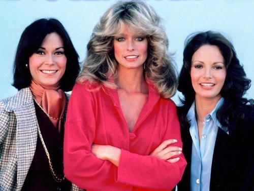 Charlie's ángeles made its televisión debut in 1976