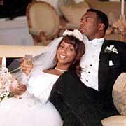 What 年 did ヒイラギ, ホリー Robinson marry Rodney Peete