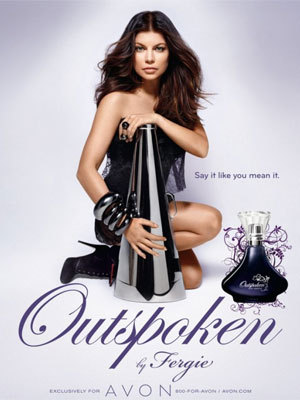 "What năm was Fergie's debut fragrance ""Outspoken"" launched?"