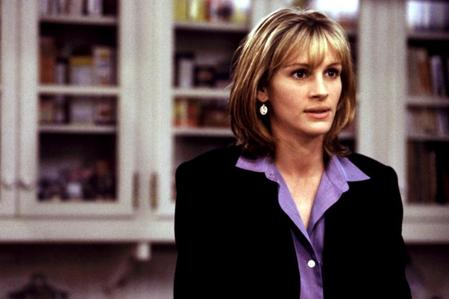 In 'Stepmom',what was Julia Roberts's character's profession?