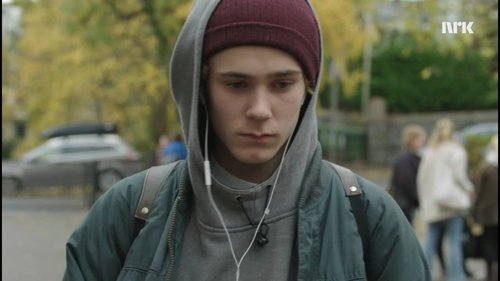 Which season featured Isak as the main character?