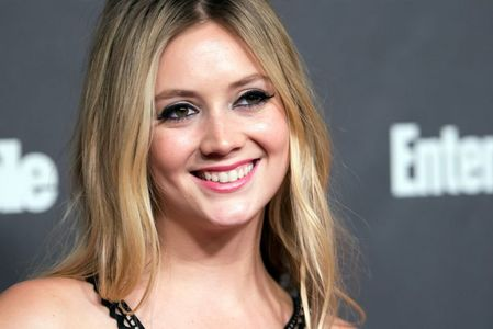 Billie Lourd is the daughter of which actress?