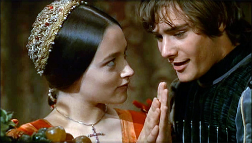 In a 1968 classic Romeo And Juliet Leonard Whiting has played a part of Romeo,yet which one of those Olivias did portrayed Juliet?
