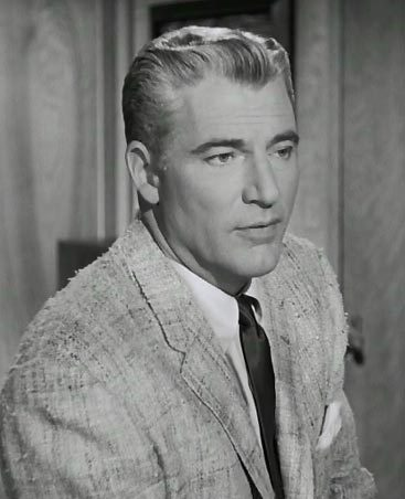 William Hopper was the son of gossip columnist , Hedda Hopper