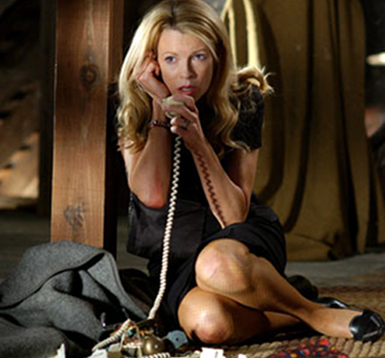 Which Avenger stars opposite Kim Basinger in 'Cellular' ?