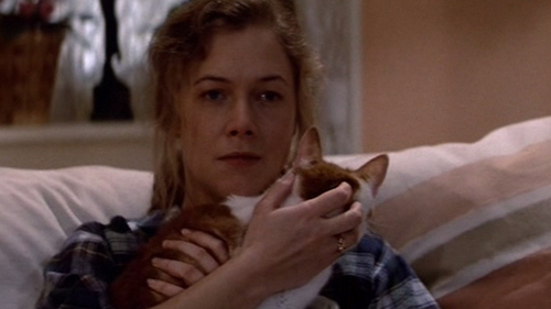 In 'Romancing the Stone' what is the name of Joan's cat ?