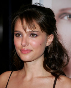 What was Natalie Portman's character name in 'Closer' ?