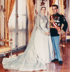 What año did Grace Kelly marry Prince Ranier
