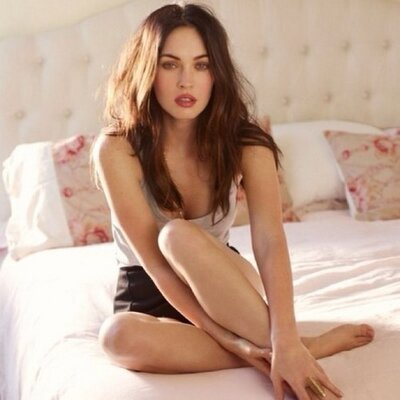 Megan Fox runned her Twitter-Account for how long?