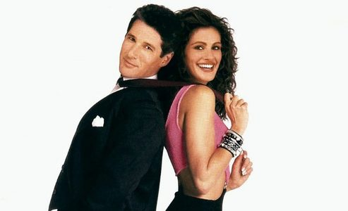 In 'Pretty Woman' how much did Edward pay Vivian to stay with him for the week ?