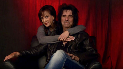 Alice Cooper's wife's name is...?
