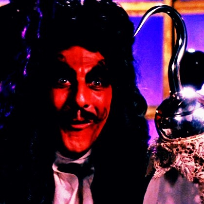 ★ Which actor plays Captain Hook in Hook? ★