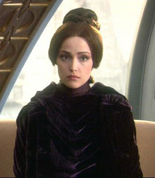 What was the name of the character Rose Byrne played in Episode 2 : Attack of the Clones' ?