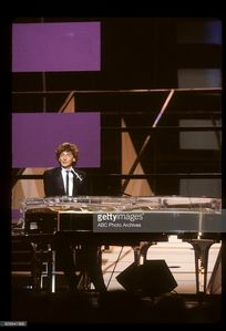 Barry Manilow was a featured performer in a musical tribute to Michael Jackson at the 1984 American Music Awards