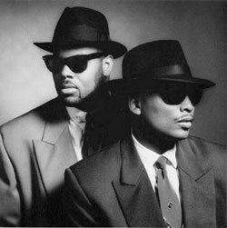 Jimmy mứt and Terry Lewis were members of the R and B vocal group, The Time