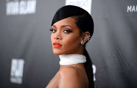 What is Rihanna's real first name?