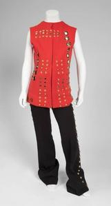 This stage costume was worn por Michael Jackson at the 1973 Academy Awards
