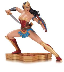 What was the first superhero team Wonder Woman joined?