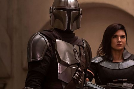 On which planet does the Mandalorian meet Cara Dune?