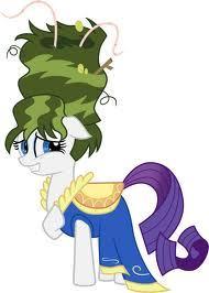 Did Rarity like her green hair?