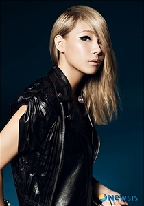 IN 2011 CL PARTICIPATED IN AN ADVERTISEMENT SHOOT FOR NEW LANCOME ANTI AGEING PRODUCT ALONG WITH OTHER Berühmtheiten INCLUDING