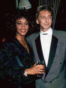 Who is this lady in the photograph with Barry Manilow