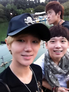 Who is the name of Yesung's brother?