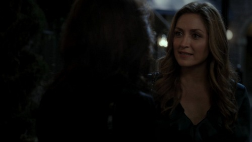 Who was in this scene with Maura?