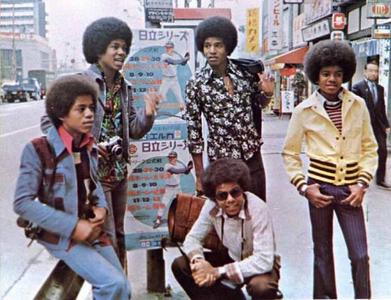 This fotografia of the Jackson 5 was taken in Japão somewhere around the mid-70's